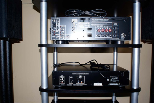 Unconnected stereo system on a stand