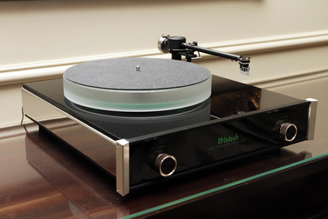 mcintosh-mt5-turntable-ces-2013