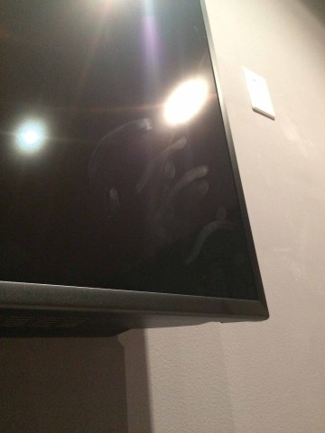 Stereo Barn's Screen Kleen cleans hand smears and finger prints from your HDTV screen